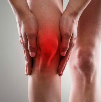 men with knee pain